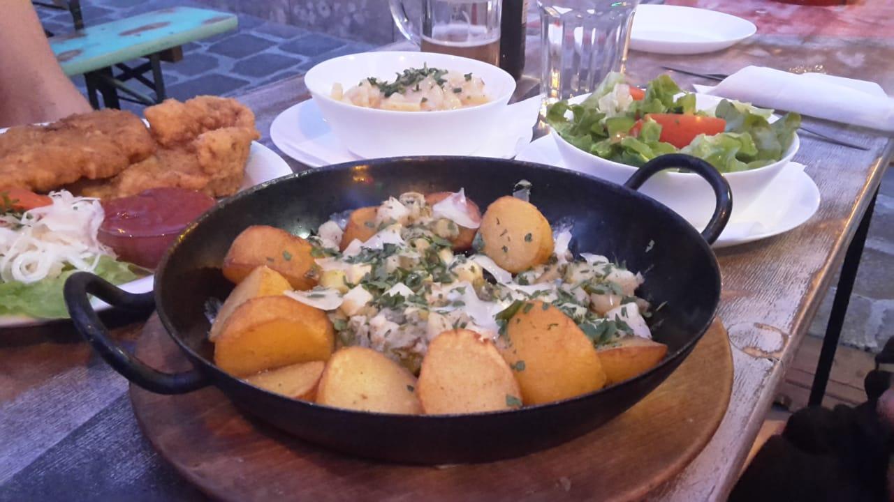 Hummus und Babaganoush, Wirr, Wien