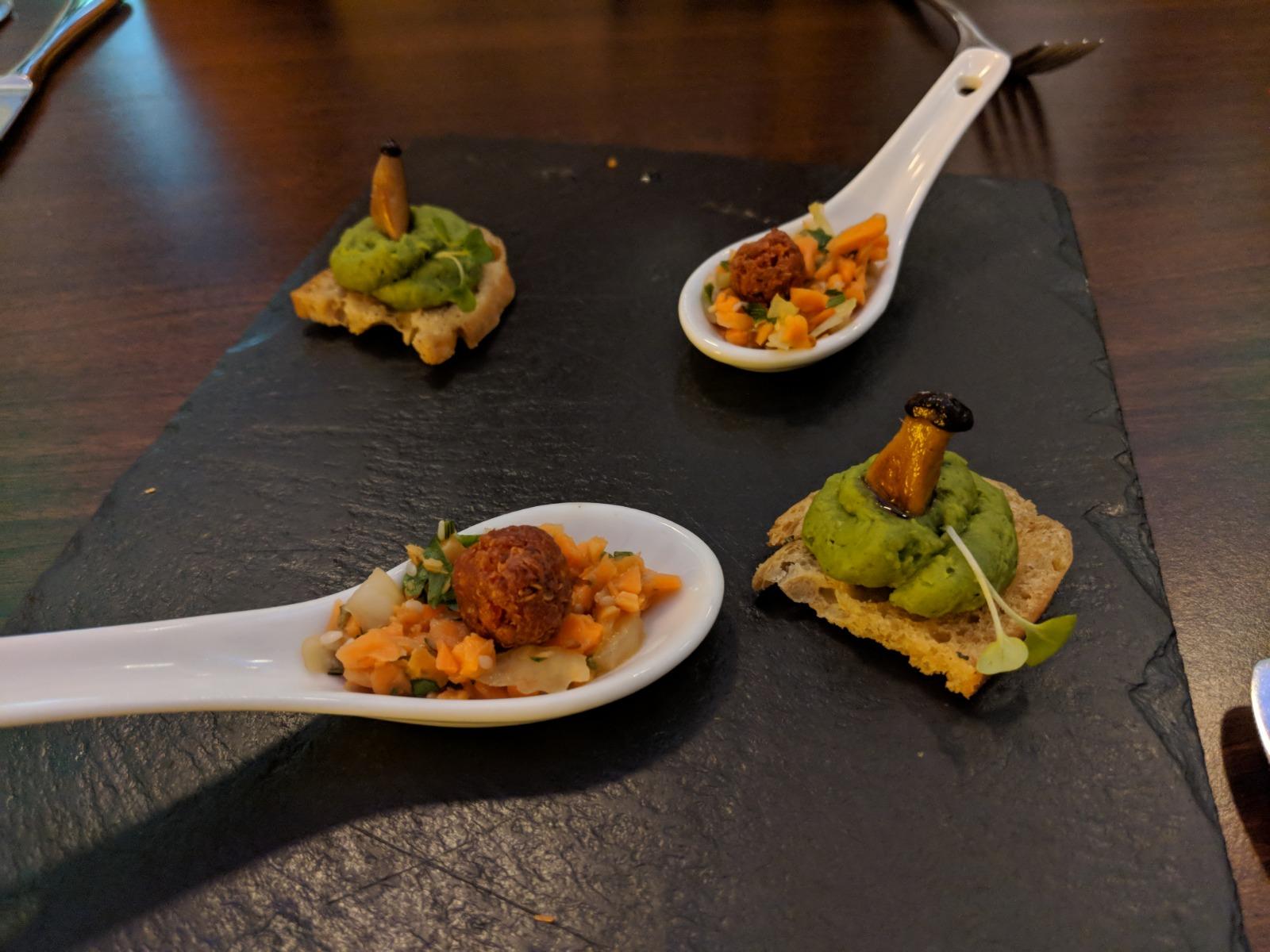 lucky leek veganes restaurant in berlin vegetarisch essen gehen. Black Bedroom Furniture Sets. Home Design Ideas