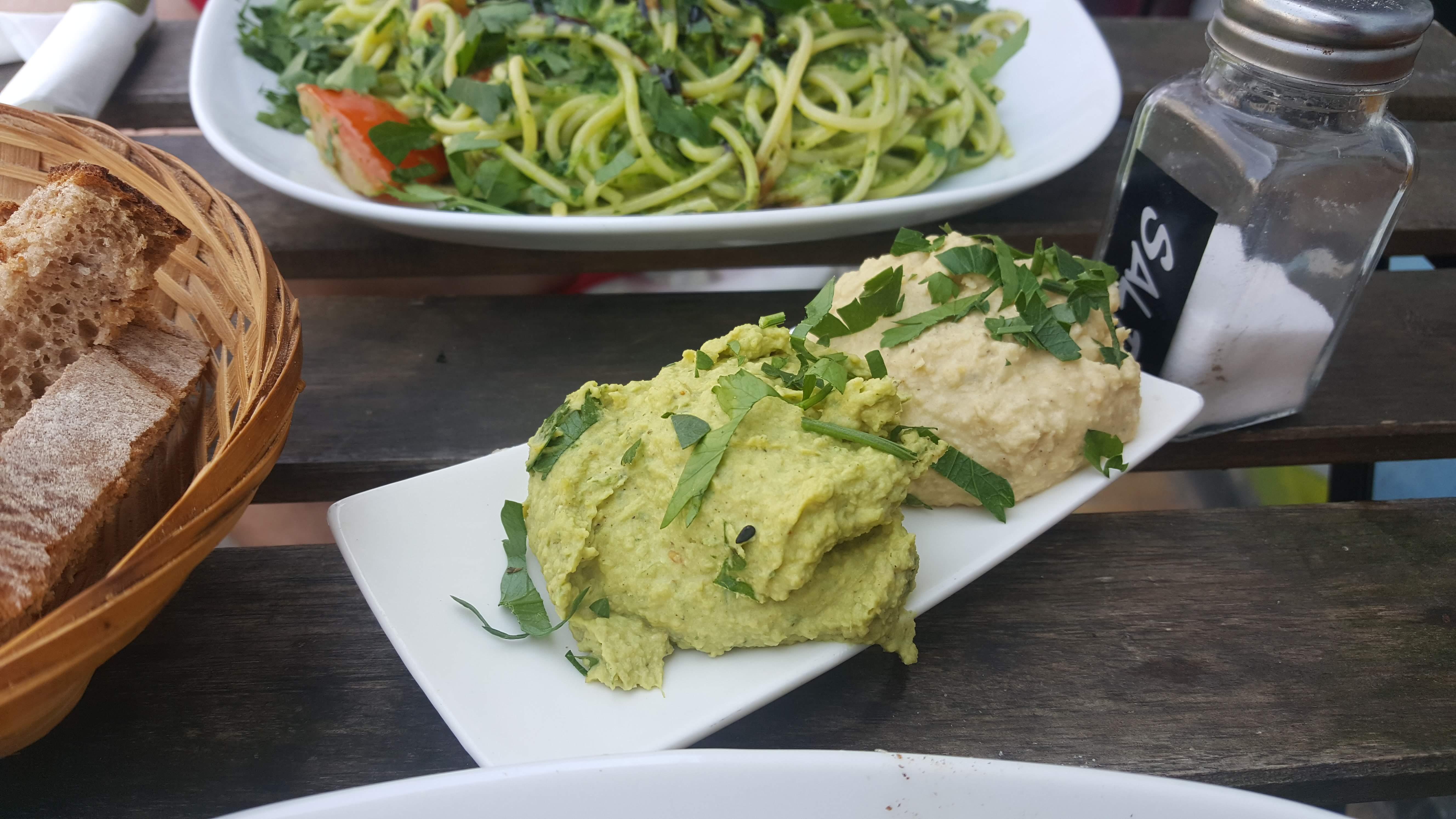Hummus und Brot, Vengo, Bremen