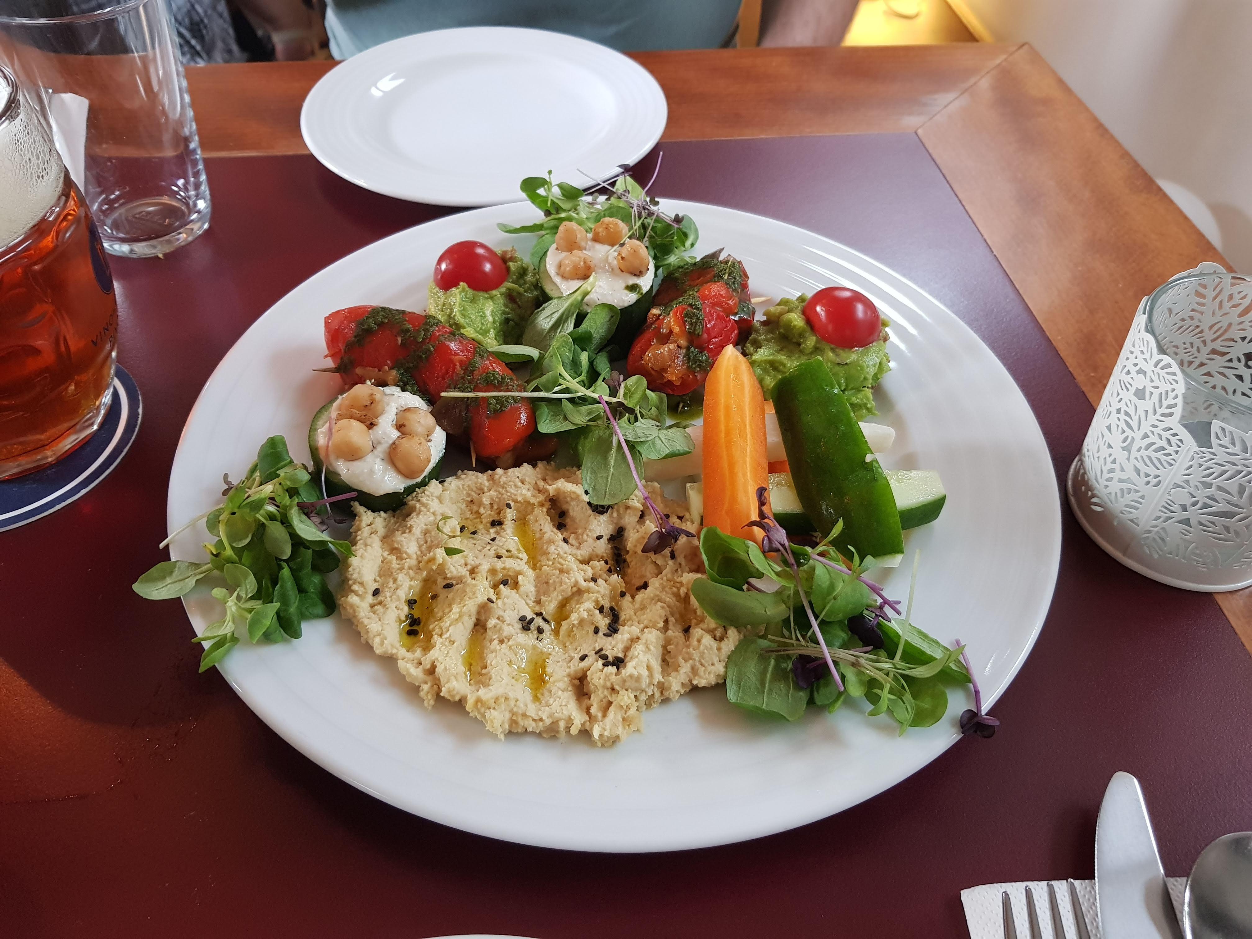 Vorspeisenteller, Vegans, Prag