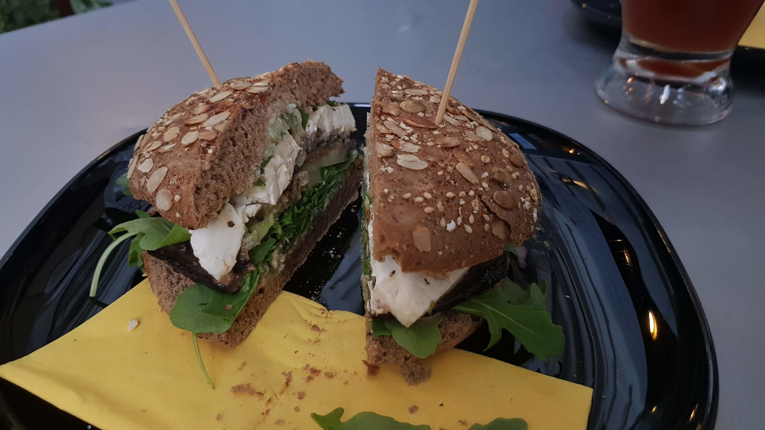 Die Griechin, Burgerlover, Wien